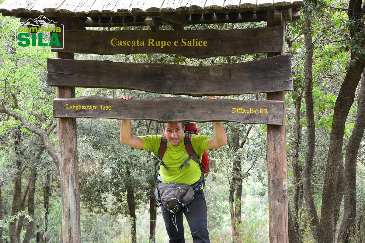 Inizio-percorso-verso-le-cascate-Rupe-e-Salice